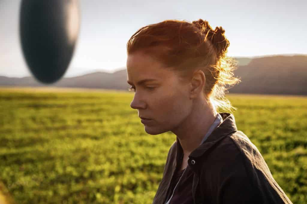 Amy Adams ako Dr. Louise Banks