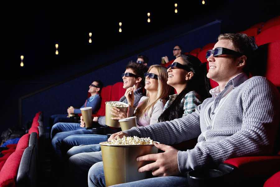 Čo je lepšie ako vyjsť si s partou do kina?