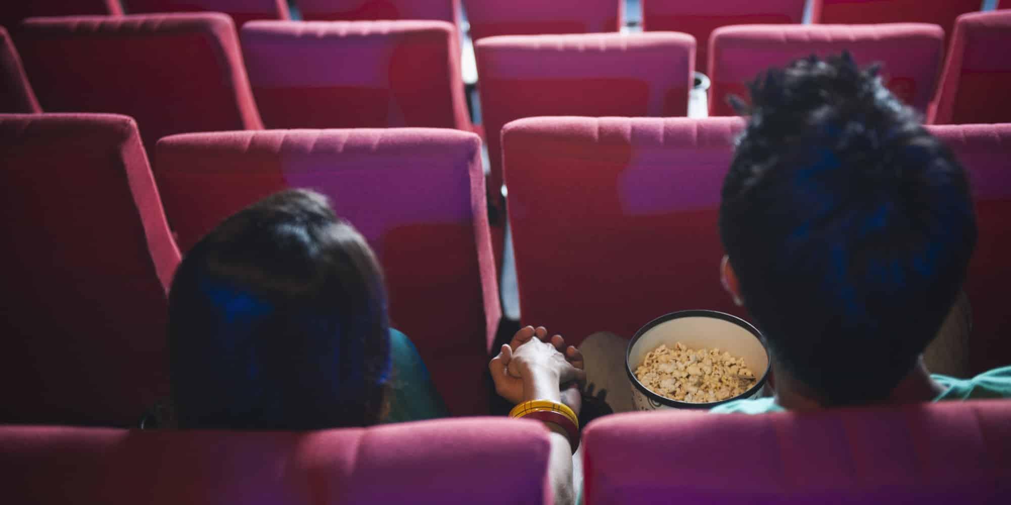 dating, chodenie, kino