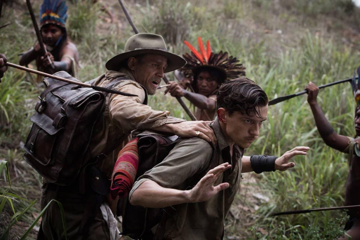 Takto nejak bude vyzerať Tom ako bádateľ. Vo filme Stratené Mesto Z si túto rolu už skúsil.
