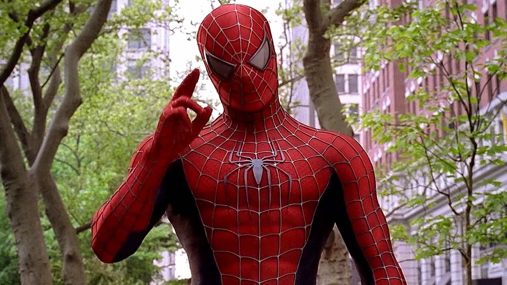 Charakter Spider-Mana nie je preskúmaný humorom, ale drámou, ktorá funguje