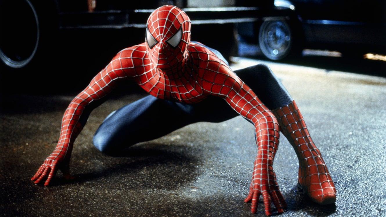 Prvý Spider-Manov kostým vo filme!; Zdroj: slash.com