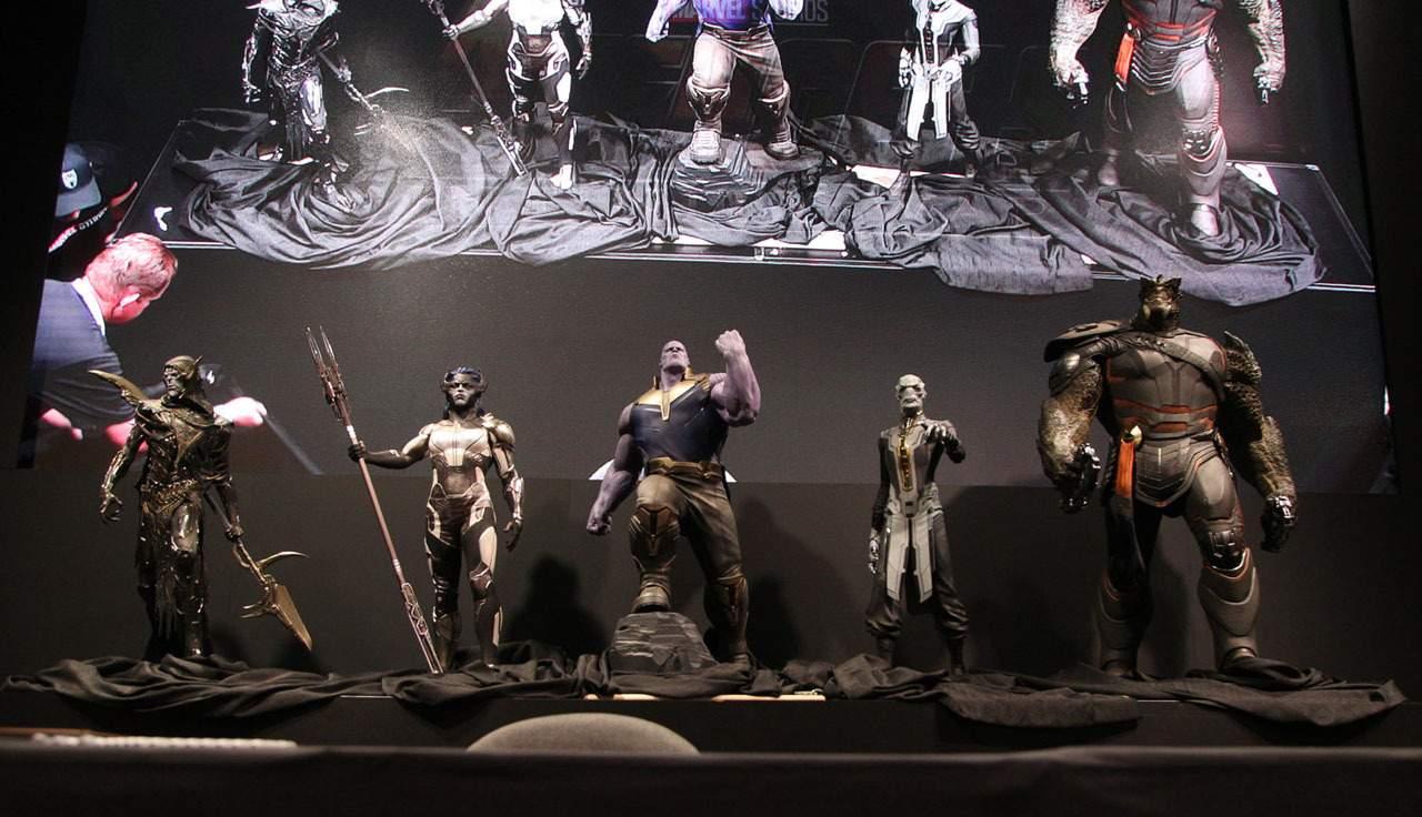 Sochy Thanosa a The Black Order na D23