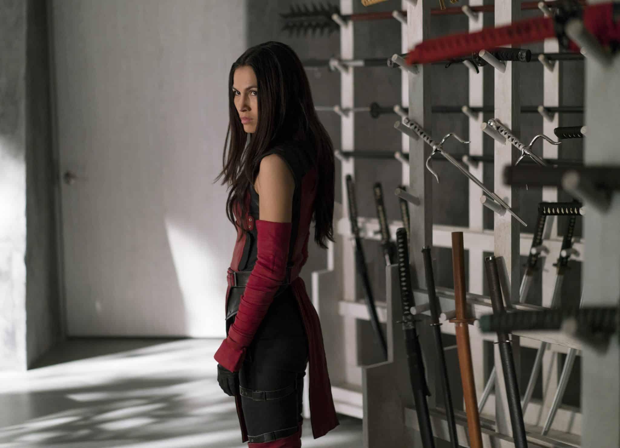 Elektra zo seriálu vychádza ako najlepšia záporáčka!